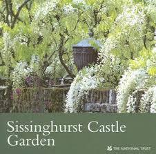 Artists and Martyrs + Sissinghurst Castle Gardens